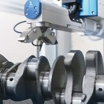 Xstress G3 measuring a crankshaft